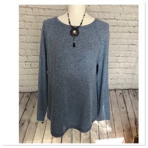 Blue Curve Hem Pull Over Sweater
